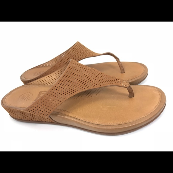 f3dcba474 Fitflop Shoes - Fitflop Banda Tan Brown Leather Thong Sandals 7